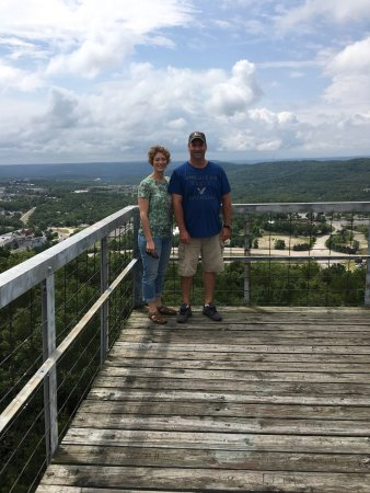 Branson, MO: Ruth and Paul Henning Conservation Area
