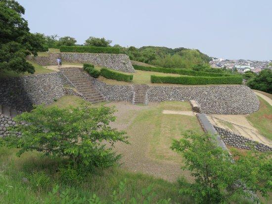 Yokosuka  Ruins Of A Castle Park