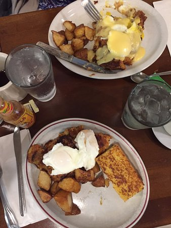 Sugar Magnolias: Corn beef hash. With and without hollandaise sauce