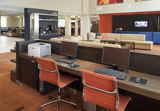 Harrisonburg, VA: Business Center