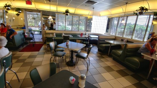 Sebring, FL: neat and clean (near closing time)