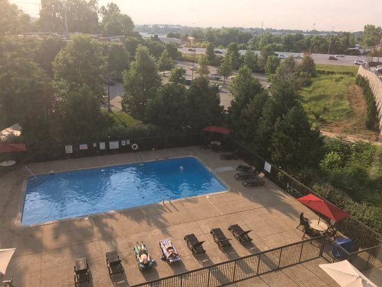 Our view of the pool picture of hotel preston nashville - Preston hotels with swimming pool ...