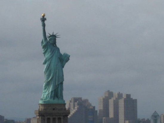 Hasbrouck Heights, نيو جيرسي: Statue of Liberty