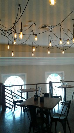 Pine Bush, NY: Balcony dining area in former town hall