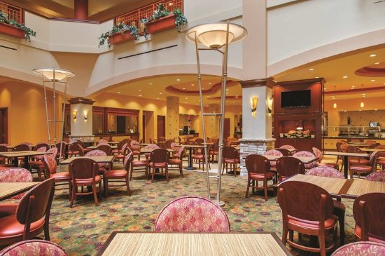 Embassy Suites by Hilton San Marcos - Hotel, Spa & Conference Center: Manager's Reception