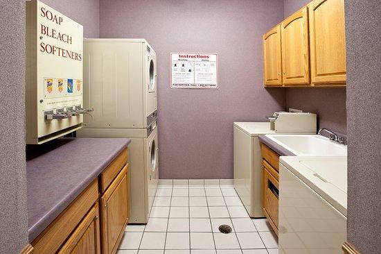 Grandville, MI: Laundry Facility
