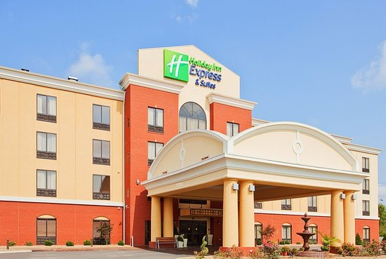 Clinton, TN: Hotel Exterior