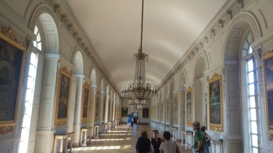 Versailles, France : Hall