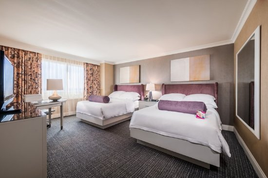 Crowne Plaza Los Angeles - Commerce Casino: The perfect fit for your family, stay in the executive double room