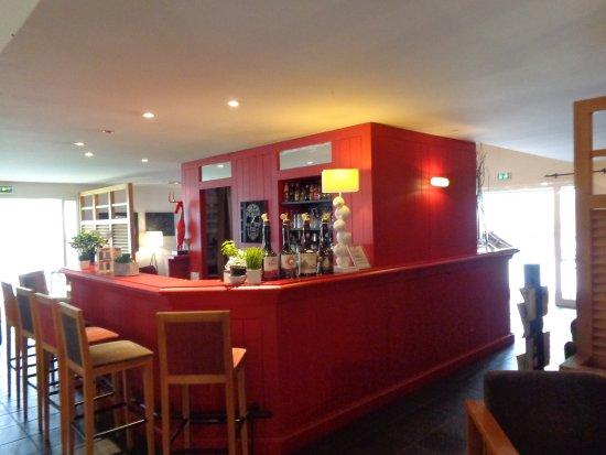 Hôtel Le M Honfleur: Bar en ontbijtruimte