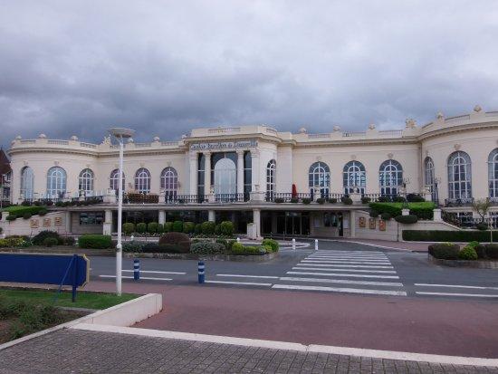 Balleroy, France: Deauville