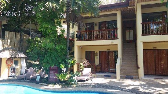 Alona Vida Beach Resort