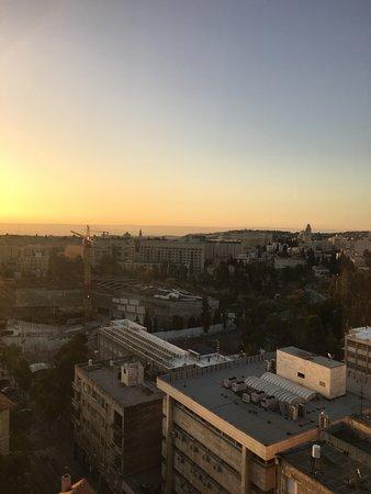 Jerusalem Tower Hotel: By day