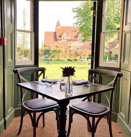 Hambleden, UK: Wonderful dining locations