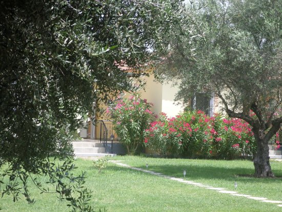 ANTHOS GUEST HOUSES - Updated 2018 Prices & Guest house Reviews ...