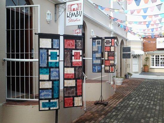 Hermanus, Sudáfrica: Outside the studio