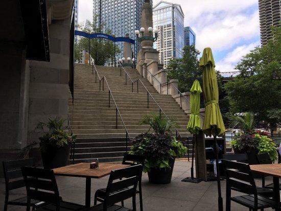 O Brien S Riverwalk Cafe Chicago