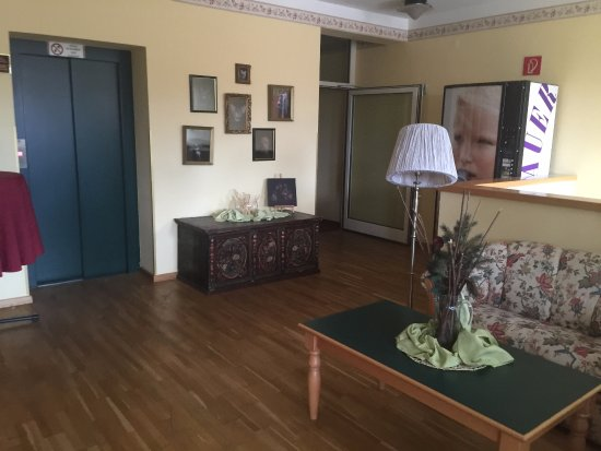stadthotel deutsch wagram. Black Bedroom Furniture Sets. Home Design Ideas