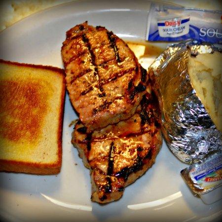 Childersburg, AL: Pork Chops