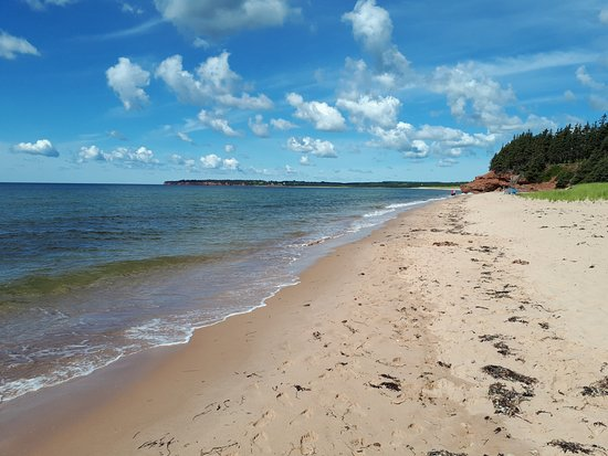 Red Point, Canadá: campground beach
