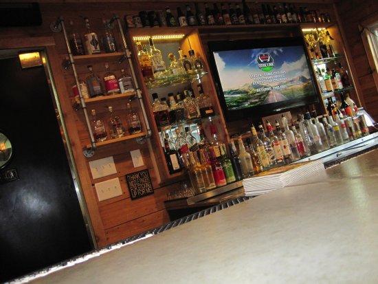 Afton, MN: Back bar