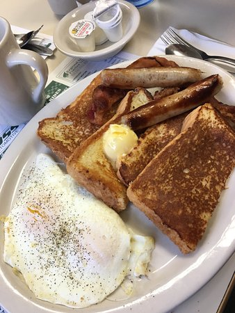 Hyde Diner: Good food at great prices!