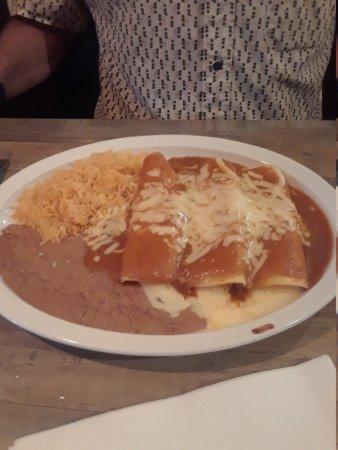 El rodeo roanoke 7850 plantation rd restaurant for Table 52 roanoke va
