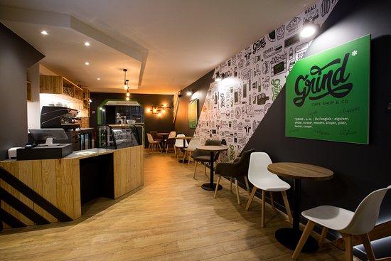 GRIND Café Shop & Co: L'intérieur cosy de votre Coffee shop !