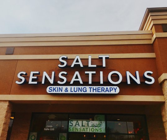 Youngstown, Огайо: Salt Sensations store front