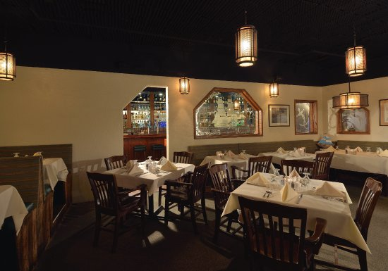 Dining Room Off Of The Bar Picture Salt Cellar