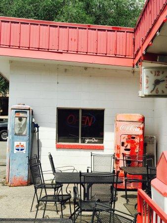 Vicco's Charcoalburger Drive-In: photo2.jpg