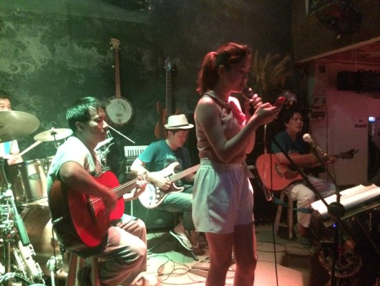 Funny night  - Foto de Guitar Hawaii Hoi An Live Music Bar
