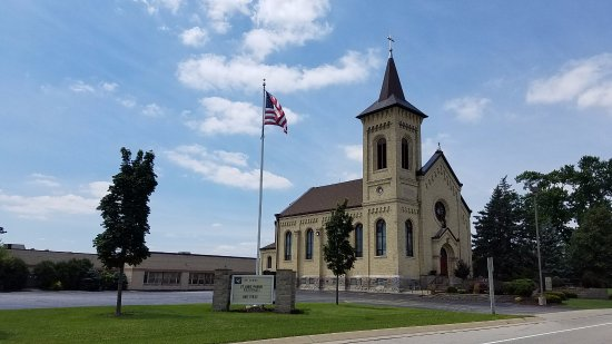 Caledonia, WI: church