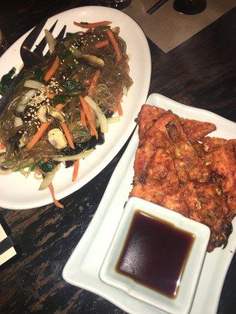 Do Hwa Korean Cusine : Japchae and kimchi scallion pancake
