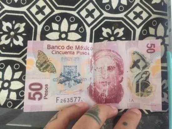 Dolce Vita: Este es el billete falso que me dieron de cambio. Nunca había visto uno, hasta hoy que no pude p
