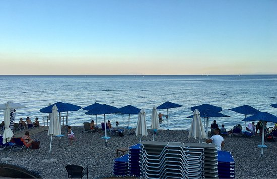 Paralia Agias Foteinis, Greece: Temiz deniz