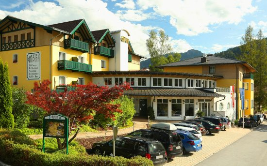 AKTIV AND FAMILY HOTEL ALPINA Prices Inn Reviews Wagrain - Hotel alpina austria