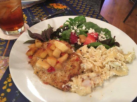 Laurel Tree Restaurant: photo6.jpg
