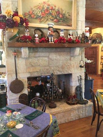 Laurel Tree Restaurant: photo8.jpg