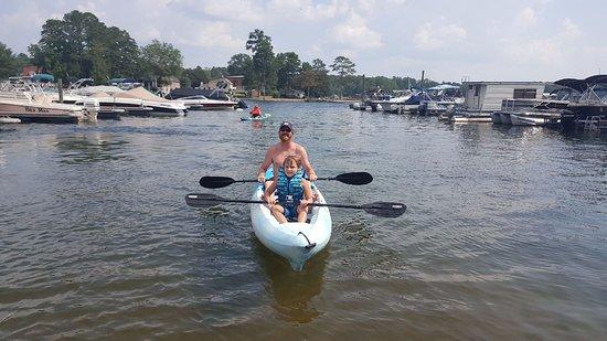 Lexington, Carolina Selatan: Enjoy a kayak made for 2 with AquaFun Paddle