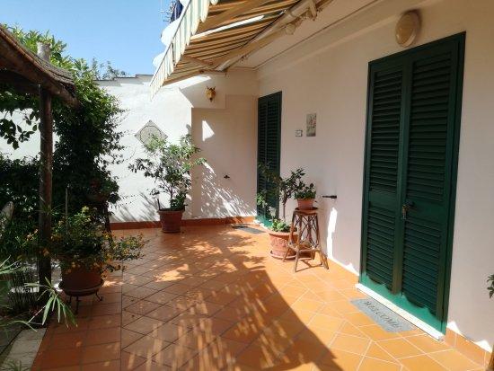 Ravello Rooms: IMG_20170710_094845_large.jpg