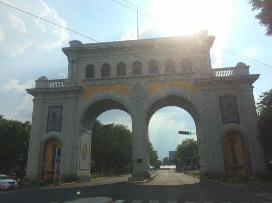 Los Arcos: Arcos de Guadalajara