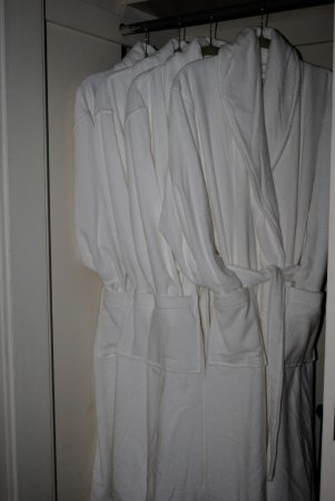 Lewiston, ME: Plush bathrobes for our guests to use
