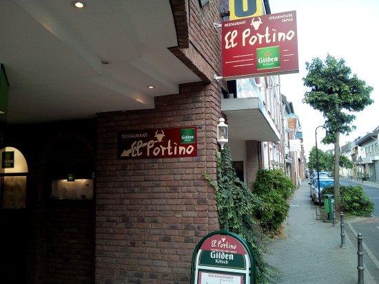 Elsdorf, Germany: El Portino