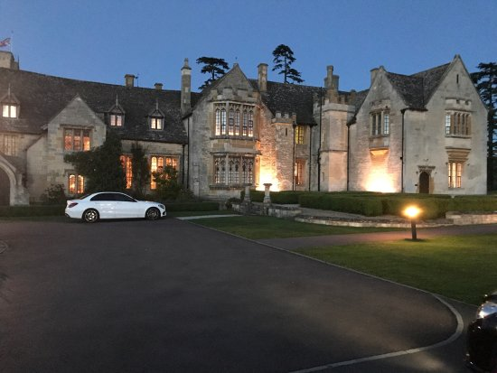 Ellenborough Park: Great ambiance and setting