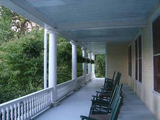 Balsam, NC: Rocking chairs on both the first and second floor porches to relax and take in the mountain view