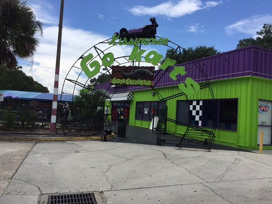 Kissimmee Go-Karts: Entrance way