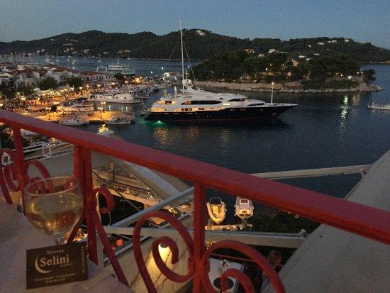 Taverna Selini: photo0.jpg