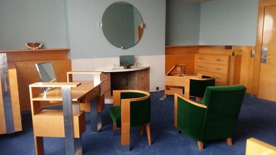 Le petit salon art deco - Picture of Villa Cavrois, Croix ...