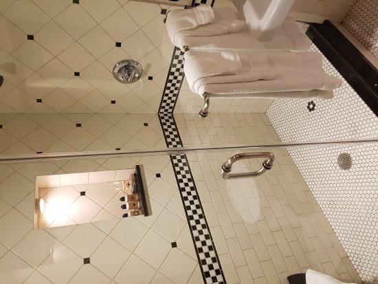 法國區賓館公寓張圖片